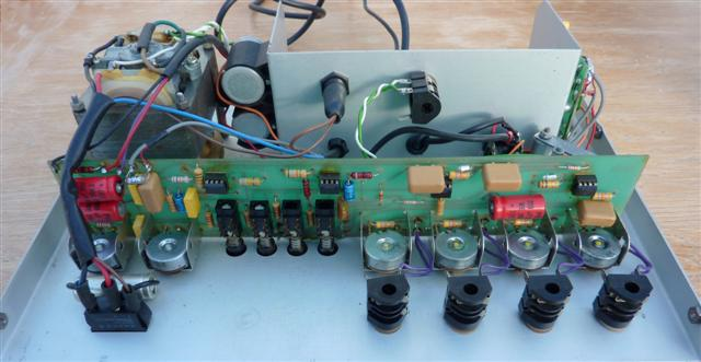 watkins guitar world copicats the circuit of the super ic was simplified by using four 741 op amps in the amplifier section and two bfy51 transistors in the bias oscillator